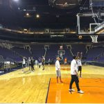 Suns players wrap up practice at Talking Stick Resort Arena in preparation for Wednesday's contest against the Atlanta Hawks. (Photo By Andrew Chapman/Cronkite News)